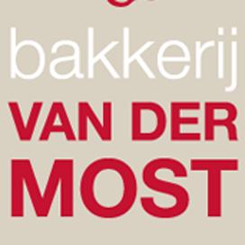 Jubilerende bakker Van der Most houdt fietstocht