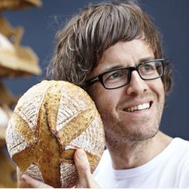 't Hoen wil supermarkten van brood voorzien