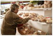 CBS: omzet foodwinkels in vierde kwart 2005 gestegen