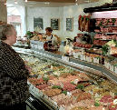 Slager klopt supermarkt tijdens kerst