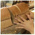 Brood zeven procent duurder in jaar tijd