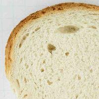 Brood met onregelmatige structuur