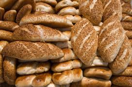 Eerste Hoogeveense supermarkt met Turks en Surinaams brood