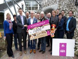 Bakker Bart schenkt 3000 euro aan Villa Pardoes