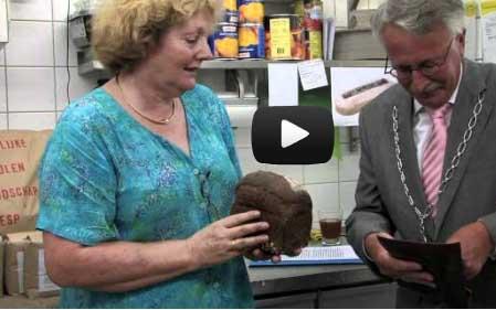Bakkers lanceren brood voor voedselbank