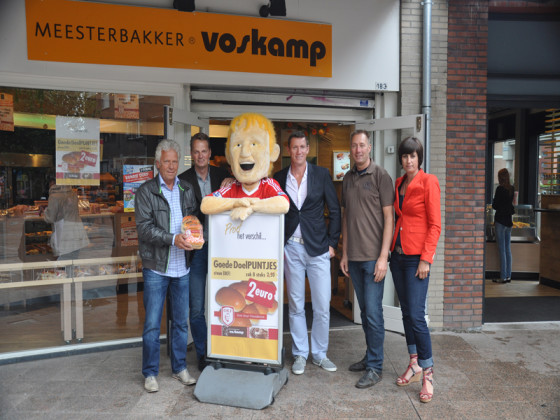 Meesterbakkers bakken voor Dirk Kuyt Foundation