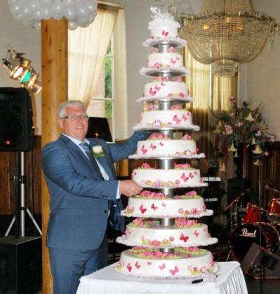 Grootste bruidstaart ooit van Bakkerij Groen