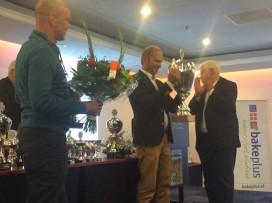 Echte Bakker Hagedoren wint Limburgse vlaaikeuring 2015