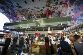 Meeste bezoekers markthallen kijken alleen rond