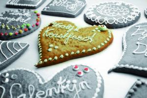 Verlies bij het decemberassortiment de traditionele producten niet uit het oog. Foto: Van der Pol en Zonen