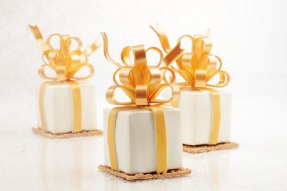 Dessertgebakjes: Petits cadeaux
