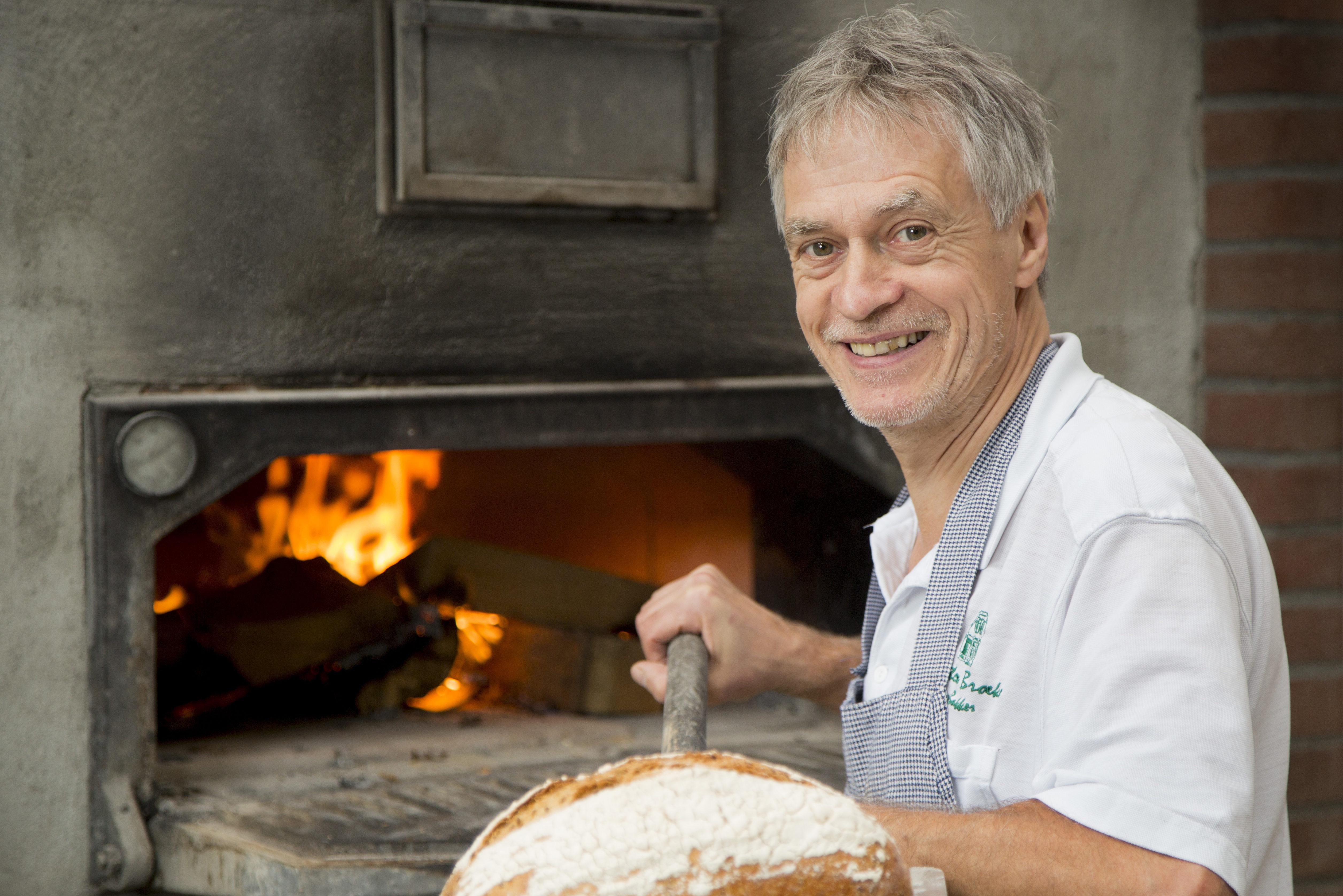 Ivoren jubileum voor Bakkerij Dick ten Broeke in Lochem