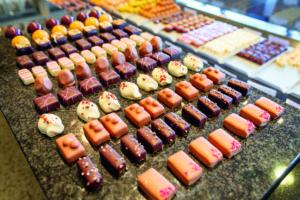 De Truffel levert honderden soorten bonbons en chocolade.