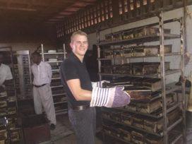Bakker Giel Vermeulen (18) op 'flitsmissie' in Burundi