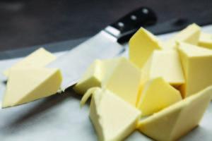 Stefania Scheijven, Channel Marketeer Bakery van FrieslandCampina Foodservice, merkt dat de vraag naar boter stijgt, zowel in Nederland als daarbuiten.
