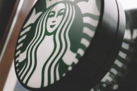 Starbucks opent nieuw concept met bakkerij en bar