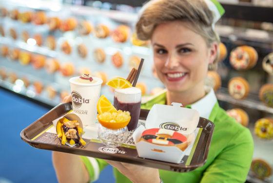 Dobla biedt op de IBA wat in Nederland onder meer wat de leverencier op de Horecava ook toonde: Dobla's Nature Range en de Fast Chocolate Experience. Onder het nieuwe thema: All Time Favorites bereiden de Dobla-chefs allerlei creaties voor publiek.