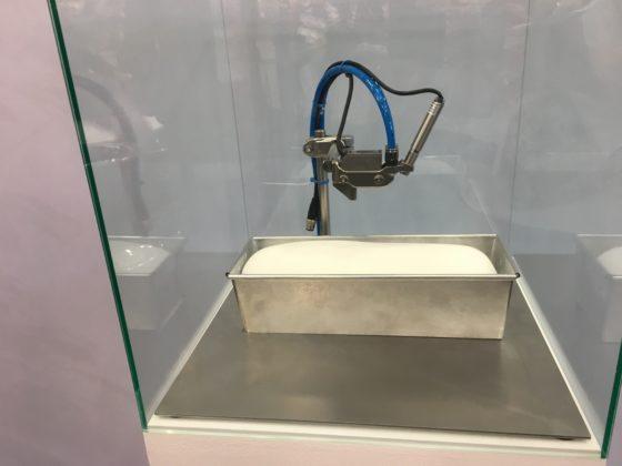 De deegsensor kan de kwaliteit van het deeg meten. Kaak Group heeft patent op de sensor aangevraagd.