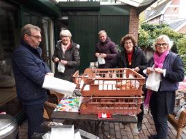 Echte Oliebollen voor gasten en vrijwilligers van De Zonnebloem