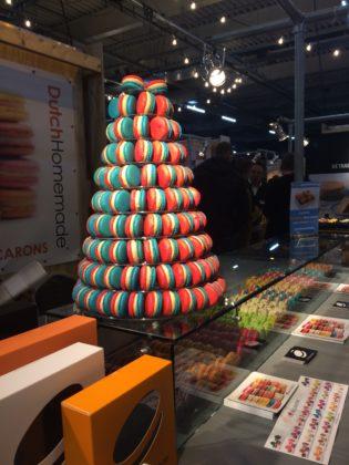 Macarons zijn inmiddels een klassieker in het bakkersstraatbeeld.