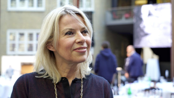 Curator van de tentoonstelling Manuela Klerkx