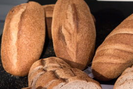 Keuringsdienst van Waarde duikt in vloerbrood