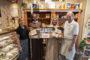 Nico en Aeltsje de Groot doneren 1500 euro aan Bake for Life