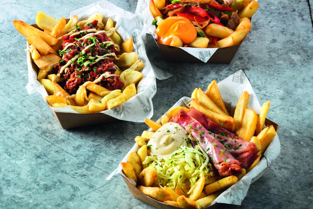 Een nieuwe trend zijn gevulde sauzen die ook als topping kunnen worden gebruikt op of bij friet